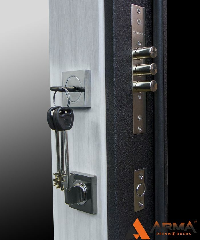 стальная дверь от