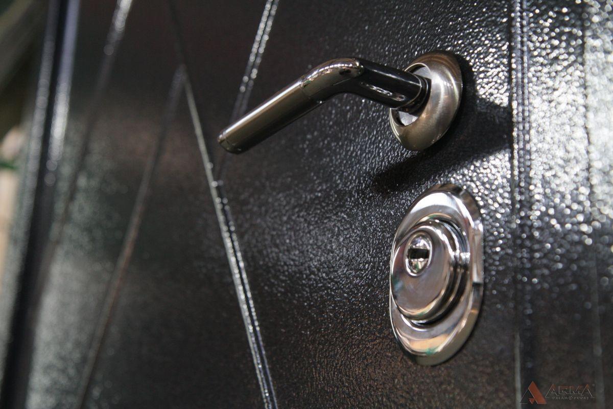 "Новинка! Двери серии ""Granit Press"""